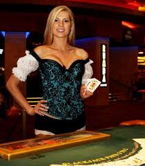 croupier fille sexy